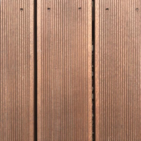 Deska tarasowa z drewna egzotycznego typu bangkirai drobny ryfel