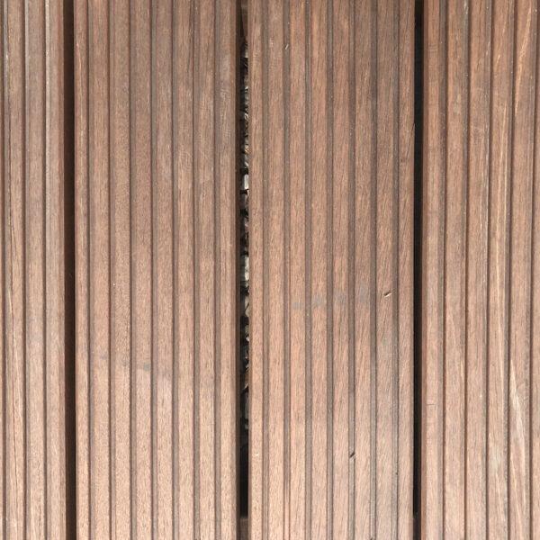 Deska tarasowa z drewna egzotycznego typu bangkirai gruby ryfel